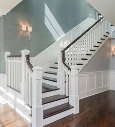 Awesome Modern Farmhouse Staircase Decor Ideas – Decorating Ideas - Home Decor Ideas and Tips - Page 5 Interior Design Minimalist, Luxury Interior Design, Luxury Decor, Foyer Decorating, Decorating Tips, Style At Home, Home Fashion, Stairways, My Dream Home