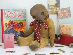 Poor Deaf Old Button ! you might have to speak up for him!!  An old  Merrythought bear   www.onceuponatimebears.co.uk