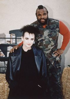 Boy George and Mr T. The only time I ever watched the A-Team. Rare Pictures, Rare Photos, 80 Tv Shows, Architecture People, Culture Club, Boy George, 80s Music, The A Team, The Good Old Days
