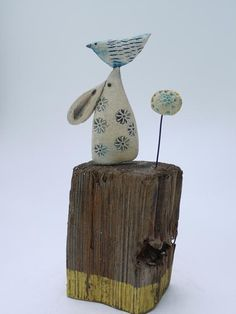 Little Hare Balancing Bird - Shirley Vauvelle