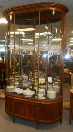 Large Antique Curved Glass Display Cabinet : Lot 339