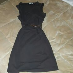 Old Navy dark brown dress I wore this to a,wedding.   Looks brand new *****belt not included***   100% polyester Old Navy Dresses Midi