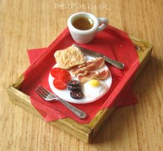 Miniature Food British Breakfast by PetitPlat - Stephanie Kilgast, via Flickr