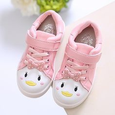 Cheap Sneakers, Buy Directly from China Suppliers:CLOWN DUCK Kids Autumn Fashion Sneakers Trainers for Boys Children Running Shoes Spring Heel Girls Sneakers for Kids Autumn Shoe Toddler Girl Style, Toddler Girl Outfits, Toddler Shoes, Baby Style, Baby Sneakers, Girls Sneakers, Sneakers Fashion, Cheap Sneakers, Cute Girl Shoes