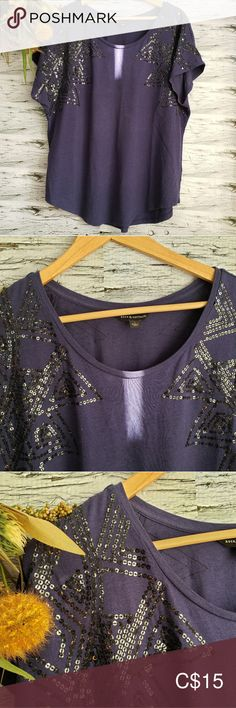 Rock & Republic | City of Lights  Purple Top L Rock & Republic city of lights top size L. Top is navy blue with silver sequins and black threading. Scoop neck and short sleeves.   This top is stunning, absolutely perfect for a night out! Rock & Republic Tops Tees - Short Sleeve Republic City, Plus Fashion, Fashion Tips, Fashion Design, Fashion Trends, Silver Sequin, Threading, Light Purple, Night Out