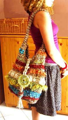 Colorful chunky hobo slouchy bag with bohemian fringes : Rainbow Funky Tote Shoulder Bag Custom Order by HEraMade on Etsy Crochet Shell Stitch, Crochet Tote, Crochet Handbags, Crochet Purses, Knit Crochet, Handmade Handbags, Handmade Bags, Crochet Necklace Pattern, Unique Purses