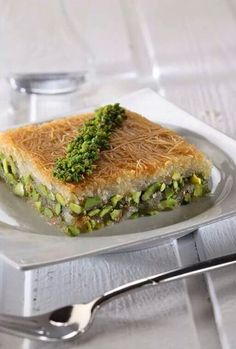 Showing some varieties of the turkish cuisine . Lebanese Desserts, Lebanese Recipes, Turkish Recipes, Turkish Sweets, Turkish Dessert, Arabic Sweets, Baklava Dessert, Easy Cooking, Cooking Recipes