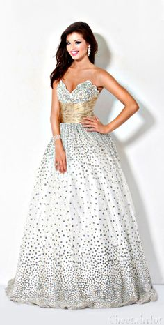 JOVANI - Lovely Ball Gown