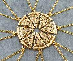 Un conjunto de collares de rebanadas de la amistad para compartir con tus mejores amigos.