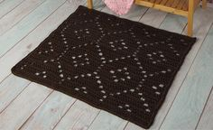 Geometrical motif Orvieto Carpet Crochet pattern for beginners by Joke Decorte Crochet Afghan Stitch, Diy Crochet Rug, Crochet Patterns Filet, Crochet Home Decor, Freeform Crochet, Crochet Patterns For Beginners, Crochet Puff Flower, Crochet Flowers, Picking Up Stitches Knitting
