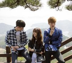 Shared by ♕ Sɱяι†ι ♕. Find images and videos about k-drama, kim so hyun and school 2015 on We Heart It - the app to get lost in what you love. Drama Tv Shows, Drama Film, Drama Movies, Kdrama, Kim So Hyun Fashion, Korean Picture, Who Are You School 2015, Sung Joon, Swag Couples