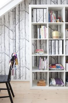 cole sons woods wallpaper son wallpaper nature inspired home decor interior design cole and son woods wallpaper cheap Etagere Cube, Cole And Son Wallpaper, Wood Wallpaper, Wallpaper Ideas, Forest Wallpaper, Wallpaper Bookshelf, Future Wallpaper, Office Wallpaper, Interior Wallpaper
