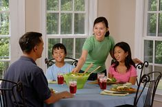 Getting to eat their has been a struggle since the dawn of time. Watch this with from a on how to teach your to enjoy eating healthily and build eating habits that will stay with them for life. Family Meals, Kids Meals, Thanksgiving Countdown, Eat Together, Childhood Obesity, Healthy Eating Habits, Healthy Meals, Brain Food, Best Places To Eat