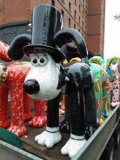 Gromit as IKB as part of Bristol's 'Gromit Unleashed' Exhibition. Bristol England, Bristol Uk, Isambard Kingdom Brunel, Celtic Thunder, Sidewalk Art, Yarn Bombing, Dog Show, Environmental Art, Land Art