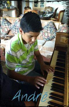 Claro de luna- Debussy- https://youtu.be/CvFH_6DNRCY