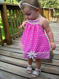 Girls Pillowcase Dress or Halter Top PDF por SundayGirlDesigns