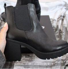 Outfit Ideen, Neue Wege, Leder Chelsea Stiefel, Chelsea-stiefel, Schwarze  Plateauschuhe b56174d0e8