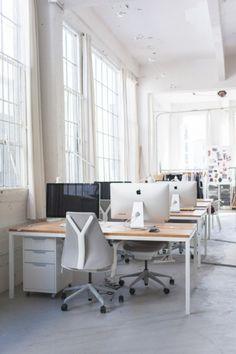 Kantoor Van Online Kledingwinkel Everlane Office Desk