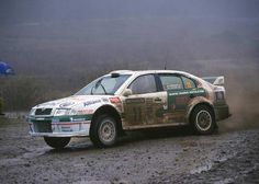 Photographs of the 2001 Skoda Octavia WRC. An image gallery of the 2001 Skoda Octavia WRC. Rallye Wrc, Sand Rail, Rally Car, Le Mans, Subaru, Peugeot, Cars And Motorcycles, Race Cars, Volkswagen