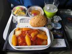 Sustainable Airplane Food?!? Guess who will be the first airline to offer customers sustainably sourced food...