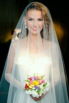 De MUST HAVE trouwfoto's met sluier | In White