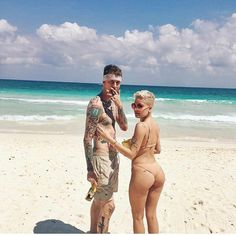 Rapper and actor Machine Gun Kelly was speculated to be Dating singer Halsey after she broke up with her Boyfriend; Are the two Dating? He has a Daughter with his Ex-girlfriend;