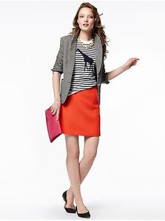 Orange Banana Republic Skirt This shirt is new with tags and features a cut out detailing on the bottom. Funky Fashion, Work Fashion, Fashion Design, Fashion Ideas, Fashion Inspiration, Orange Skirt Outfit, Striped Off Shoulder Top, Office Outfits, Work Outfits