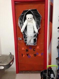 Portas Decoradas para o Halloween