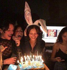 Its My Bday, I Need Friends, Bday Girl, Teenage Girl Birthday, Best Friend Photos, Happy B Day, Birthday Pictures, Teenage Dream, Friend Pictures
