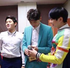 ZE:A excitedly celebrate their win on 'Immortal Song 2', their 1st ever.  #zea #immortalsong #zeaimmortalsong #kpopnews #parkhyungsik #kimdongjoon #kpopnews #kpopalbum