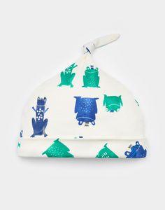 Koo Frog Prince Single Knot Hat  | Joules UK