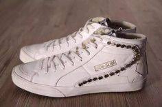 Golden goose. 169$ free shipping  For children size 20-35 Women 35-40 Men 40-46  To order text me on whatsap +8618620735794 Kate Or email: katya911L@yahoo.com