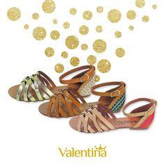 Detalhes coloridos para os look de final de ano? Siim!   #ValentinaFlats #shoes #fashion #loveit #love #loveshoes #shoeslover #sapatilha #colorful #color #shine