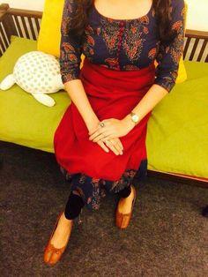 Different types of kurtis designs - Easy Craft Ideas Salwar Neck Designs, Churidar Designs, Kurta Designs Women, Dress Neck Designs, Blouse Designs, Indian Attire, Indian Wear, Indian Outfits, Salwar Pattern