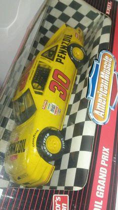 ERTL DIECAST AMERICAN MUSCLE NASCAR PENNZOIL GRAND PRIX MICHAEL WALTRIP 1:18 #ERTL #Pontiac