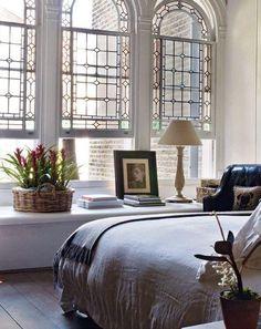 Foto bedroom windows, beautiful space, beautiful homes, city living, living Interior Design Inspiration, Home Interior Design, Interior Architecture, Interior Livingroom, Interior Modern, Interior Plants, Modern Luxury, Home Bedroom, Bedroom Decor