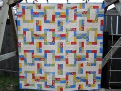 instructions for avignon picnic quilt from moda bake shop.made with a jelly roll, but i'd probably try to piece it differently, cut down on some of the seams. Quilting Tips, Quilting Tutorials, Quilting Projects, Sewing Projects, Sewing Ideas, Jelly Roll Quilt Patterns, Patchwork Quilt Patterns, Quilt Patterns Free, Block Patterns
