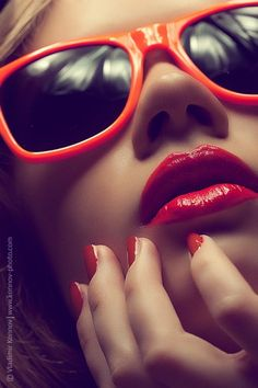 Retro red lips