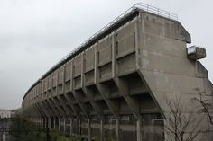 Beautiful Examples Of Brutalist Architecture In London - The Alexandra Road Estate, Swiss Cottage Watercolor Architecture, Concrete Architecture, London Architecture, Industrial Architecture, Interior Architecture, Minecraft Architecture, Swiss Cottage, Brutalist Buildings, Concrete Structure