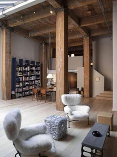 355 Bryant Street 2 Imposing Loft Design in San Francisco by Steven Volpe Loft Design, Design Case, Library Design, Design Room, Design Model, Interior Architecture, Interior And Exterior, Interior Design, Factory Architecture