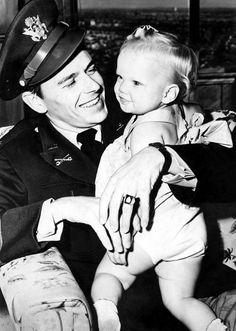 Ronald Reagan at home with his daughter Maureen Reagan, 1943