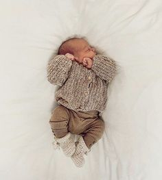 Neutral Baby Clothes, Baby Kids Clothes, Hippie Baby Clothes, Cute Baby Boy Outfits, Newborn Boy Outfits, Baby Boy Style, Cute Kids, Cute Babies, Baby Boys