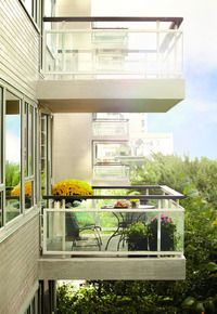 Manhattan House at 200 East 66th Street in Lenox Hill, NYC.