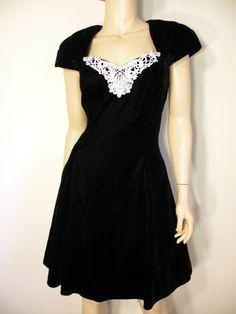 #Vtg #Retro Black #Velvet #Lace Beaded Formal Full Skirt Party Mini Dress Sz 7/8 EXC #Roberta #TeaDress #partydress #dress