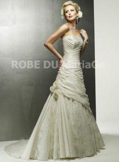 Robe princesse ajustée bustier petit traine robe de mariée