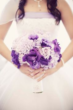 Bride's purple bouquet – Famous Last Words Lilac Bouquet, Purple Bouquets, Wedding Bouquets, Dress Wedding, Purple Flowers, Purple Wedding, Floral Wedding, Wedding Colors, Our Wedding