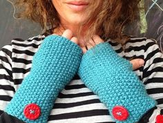 Fingerless Mitts - Red Button