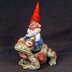 Zombie gnome on a zombie toad!