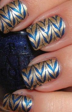 does a navy dress looks good with rose gold nails polish - Yahoo Image Search Results Fancy Nails, Get Nails, Love Nails, How To Do Nails, Pretty Nails, Hair And Nails, Classy Nails, Simple Nails, Nail Polish Designs