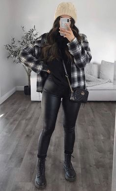 Curvy Girl Outfits, Girly Outfits, Cute Casual Outfits, Stylish Outfits, Winter Fashion Outfits, Fall Winter Outfits, Look Fashion, Looks Pinterest, New Mode